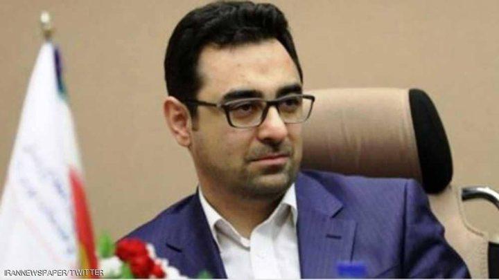 إيران... إطاحة مسؤول مالي جديد