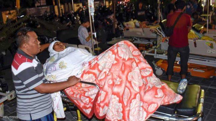 عشرات القتلى في زلزال روّع الإندونيسيين والسياّح