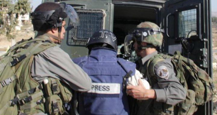 21 صحفيا في سجون الاحتلال