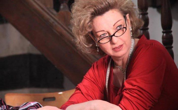 """""""عشتار"""" تعيد نادين خوري إلى المسرح بعد 20 عاماً"""