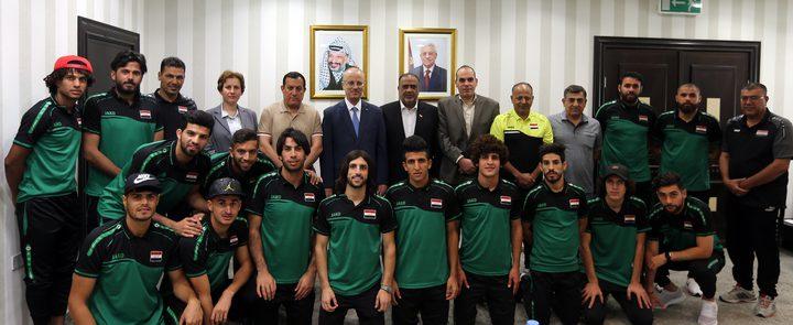 الحمد الله يستقبل المنتخب العراقي لكرة القدم