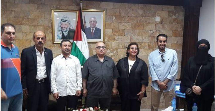وفد كويتي يصل فلسطين للتعاقد مع معلمين فلسطينيين