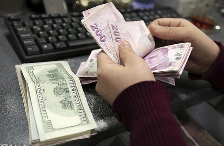 هبوط الليرة التركية لمستويات قياسية جديدة