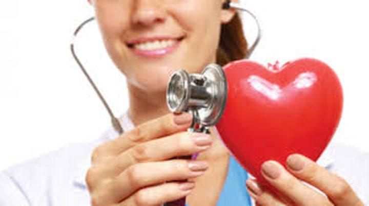 طبيب أم طبيبة..أغرب نصيحة علمية لمريضات القلب
