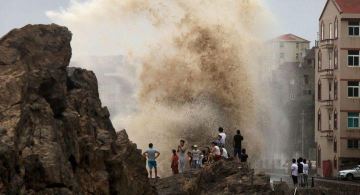 اليابان تتأهب لإعصار قوي