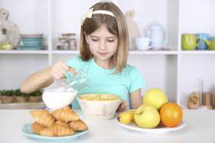 ما هي مكونات الفطور الصباحي لطلاب المدارس ؟