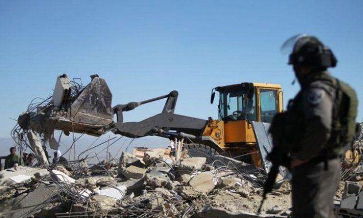 الاحتلال يهدم محلا تجاريا في مرج نعجة شمال أريحا