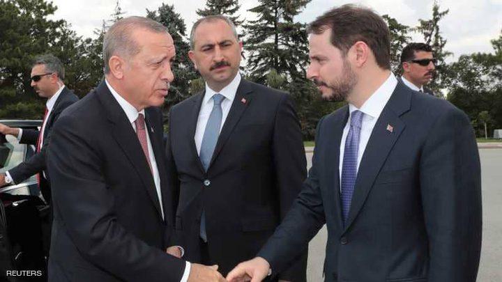 أردوغان يتكلم والليرة تغرق!