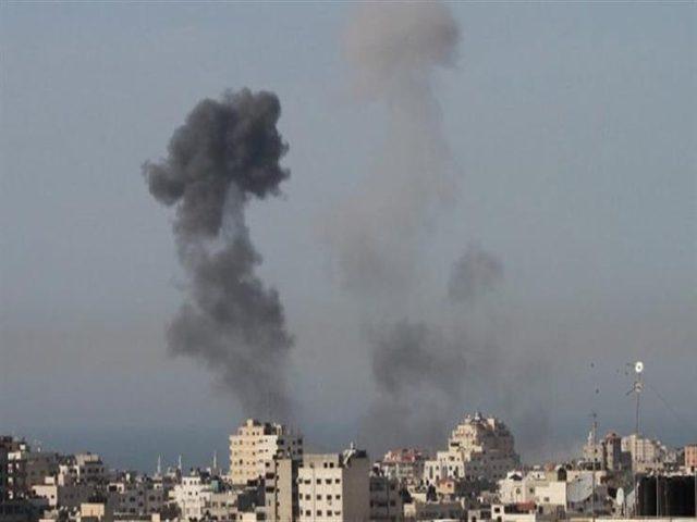 إصابة 3 مواطنين في قصف إسرائيلي شرق القطاع