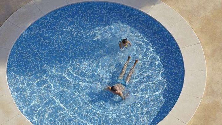 بكتيريا كامنة في أحواض السباحة تسبب أمراض قاتلة