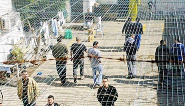 أبو بكر يشيد بالأسرى الذين حولوا السجون لمدارس