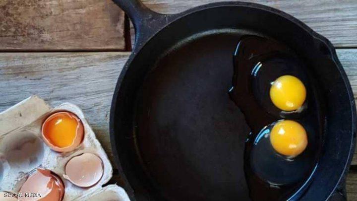 الطريقة الصحيحة لقلي البيض بطريقة مثالية