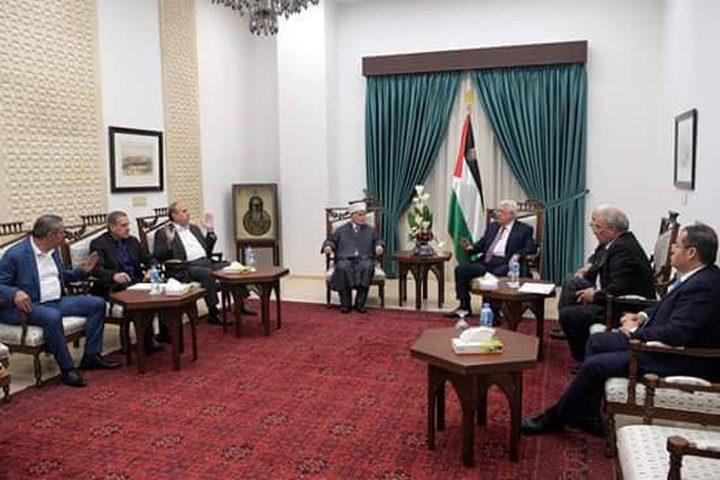 الرئيس يترأس اجتماعا عاجلا لمتابعة الأحداثبالأقصى