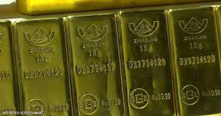 الذهب يتعافى وسط محادثات مزمعة بين أميركا والصين