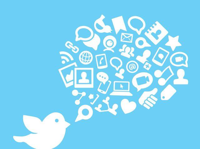 """""""تويتر"""" يتوقف عن العمل جزئيا ويعود"""