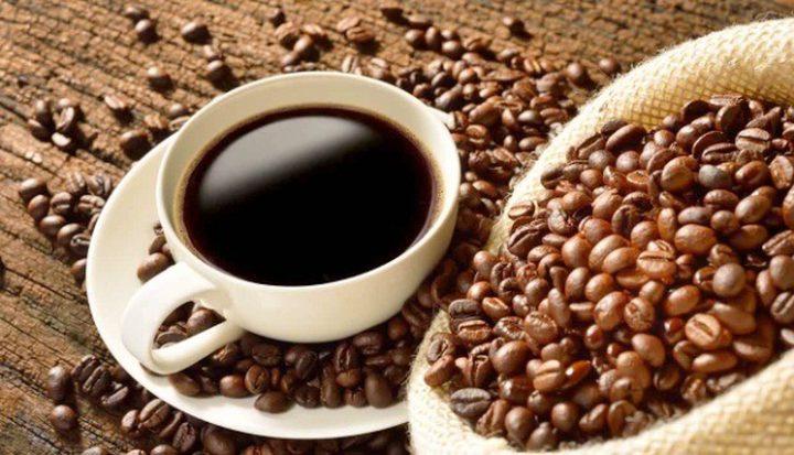 أعراض الإفراط في شرب القهوة