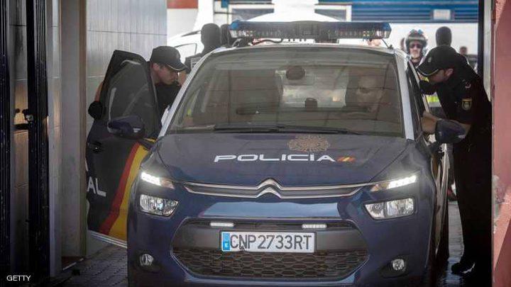 """الشرطة الاسبانية تقتل مسلحا """"جزائريا"""" في برشلونة"""