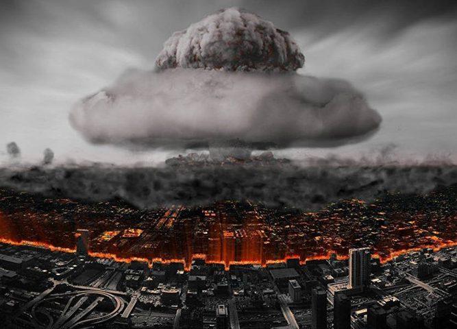 """خبير أميركي يكشف: """"ست قنابل نووية على موسكو"""""""