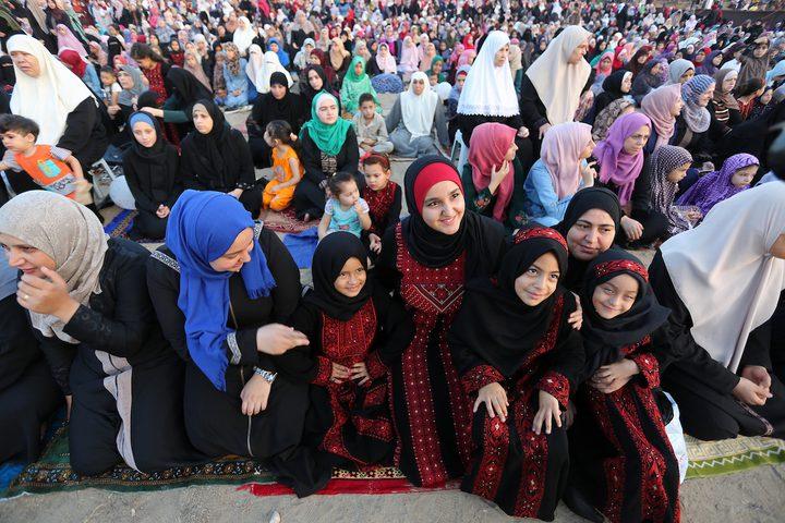 المواطنون يؤدون صلاة عيد الأضحى في مدينة غزة ، في 21 أغسطس 2018.