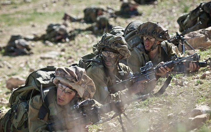 تدريبات عسكرية إسرائيلية مفاجئة بغلاف غزة