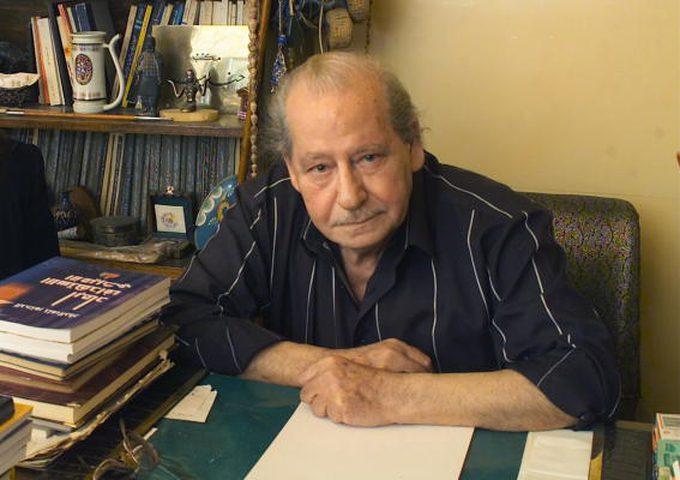 الحكومة تنعى الروائي السوري الكبير حنا مينه