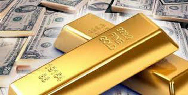 الذهب يرتفع مع تراجع الدولار