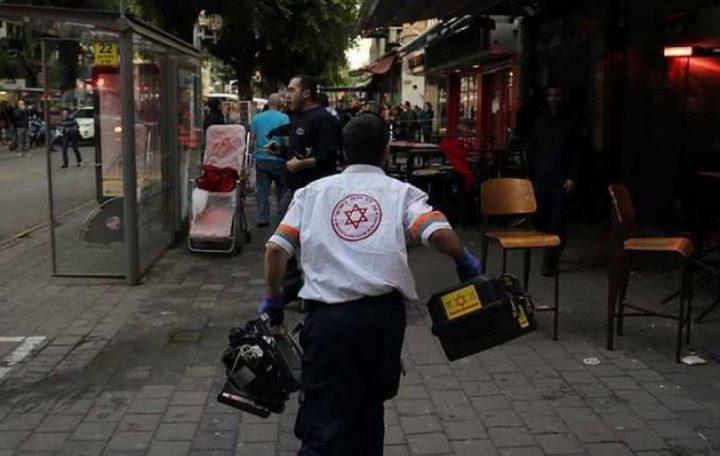 طعن عاملين فلسطينيين في حيفا