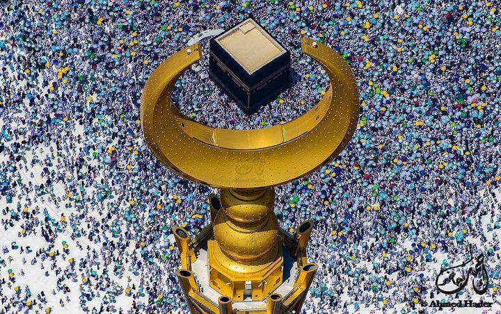 سعودي يبهر العالم بصور تخطف الأنفاس من الحج