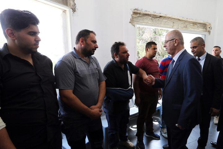 رئيس الوزراء الفلسطيني ، الدكتور رامي حمدالله ، يحضر افتتاح المركز الوطني لإعادة التأهيل ، في مدينة بيت لحم بالضفة الغربية