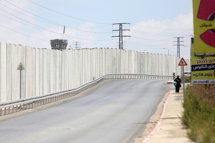 جدار الفصل العنصري، ومستوطنة بيت ايل المقامة على اراض المواطنين