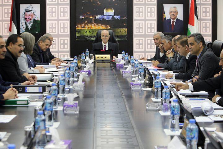رئيس الوزراء الفلسطيني د.رامي حمدالله يرأس اجتماعاً مع مجلس الوزراء في مدينة رام الله بالضفة الغربية في 28 أغسطس / آب 2018.