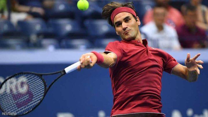 """""""المايسترو"""" يلقن نيشيوكا دروسا في فنون التنس"""