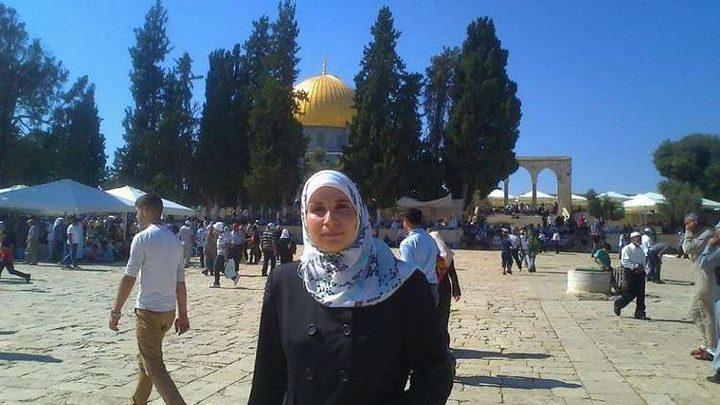 الاحتلال يمديد اعتقال الأسيرة خاطر مجددا