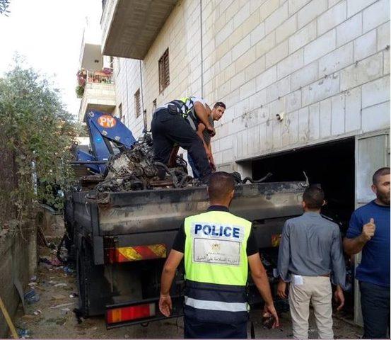 ضبط مشغل لتزوير المحركات شمال القدس