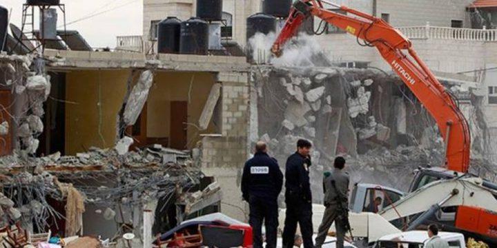 اعتقالات واعتداء على مواطنين في القدس