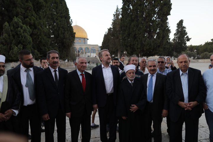 الرئيس بيجوفيتش يزور القدس ويصلي في المسجد الأقصى