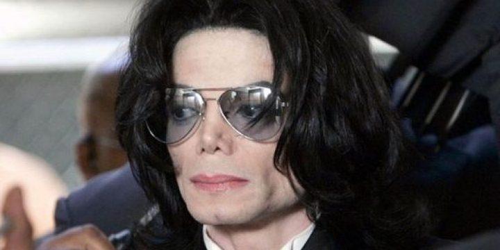 مزيّن شعر مايكل جاكسون يفجر مفاجأة عنه