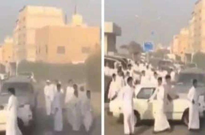 مشاجرة عنيفة بين 20 شابًا في الكويت!(فيديو)
