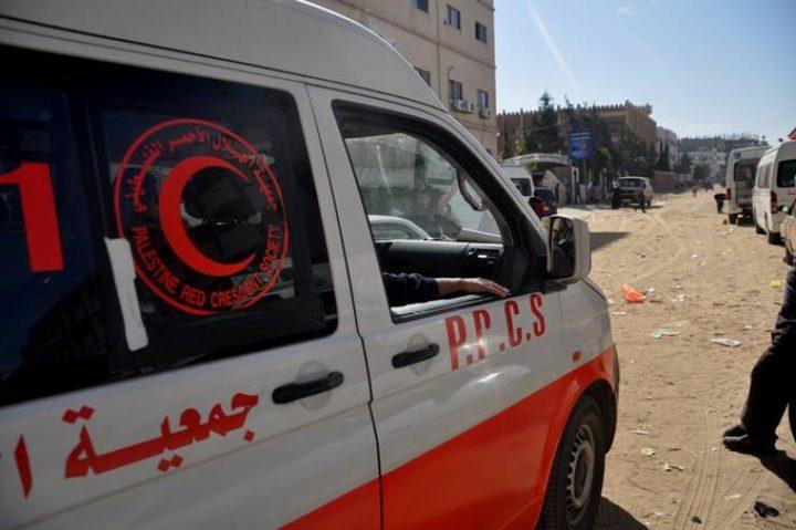 إصابة مسعفخلال استهداف قوات الاحتلال لسيارة إسعاف