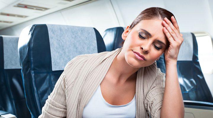 كيف تواجه أبرز مشاكل السفر بالطائرة ؟