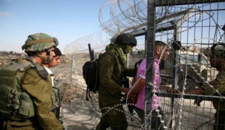 الاحتلال يعتقل 4 فلسطينيين جنوب قطاع غزة