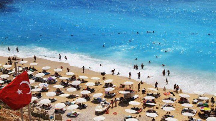 تركيا تدرس منح الجنسية لمن يستثمر 250 ألف دولار