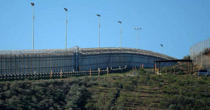 """الاحتلال يشرع ببناء """"البلوك 9"""" مع لبنان"""