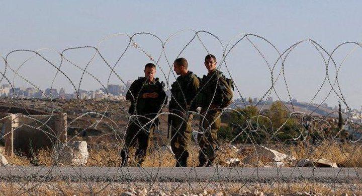 اعتقال أربعة شبان بزعم محاولة اجتياز السياج الفاصل