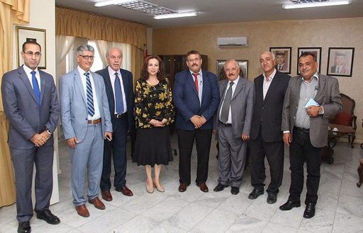 الأردن يستقبل وفداً من اتحاد الكتاب الفلسطينيين