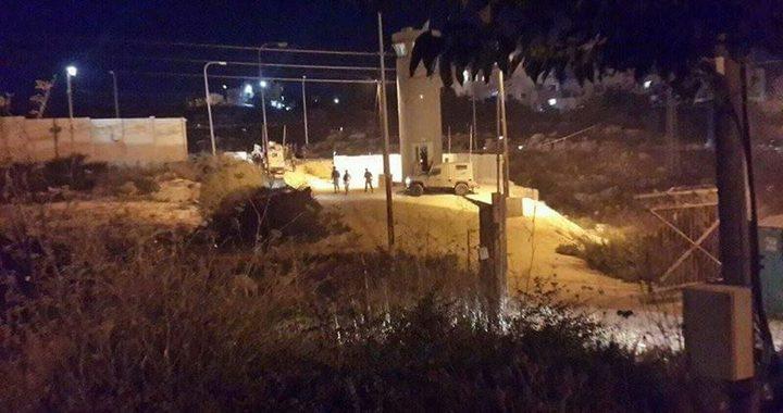 """إطلاق النار تجاه مجموعة اقتربت من موقع """"ناحل عوز"""""""