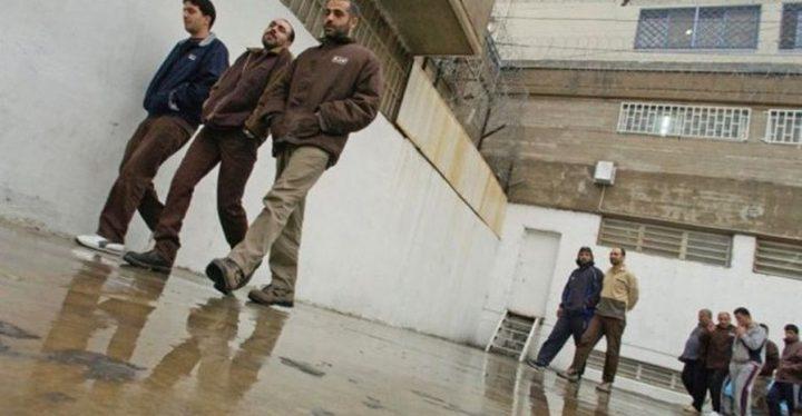 الاحتلال يُحول الأسير علاونة للاعتقال الإداري