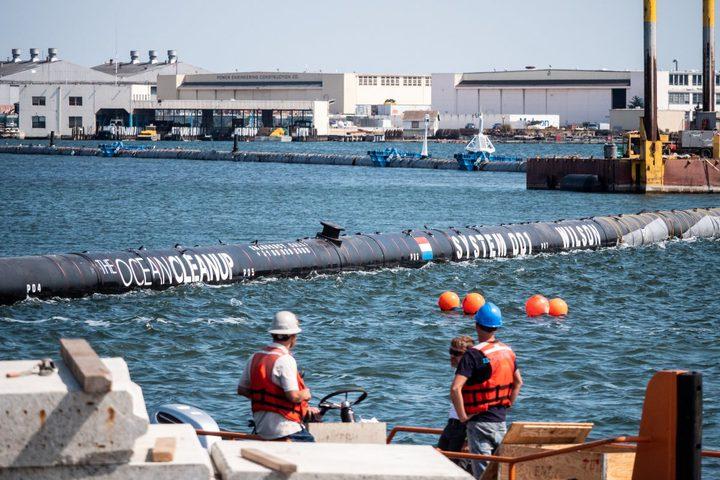 تجربة عملاقة لتنظيف المحيط الهادي من البلاستيك