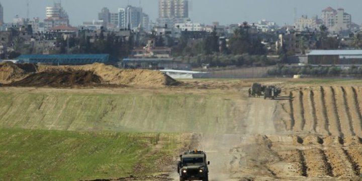 الاحتلال يستهدف نقطة رصد للمقاومة وشباناً شرق غزة