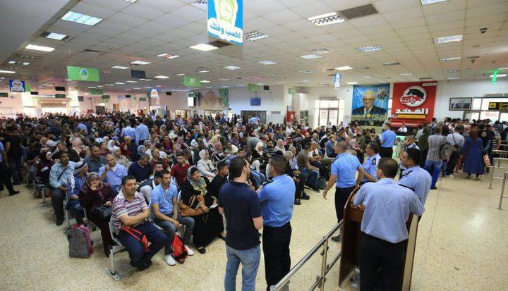 تنقل 7612 مسافر عبر معبر الكرامة أمس